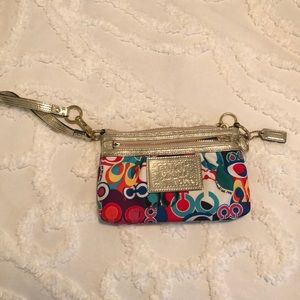 Coach Poppy Wristlet (never used)